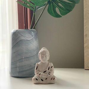 Buddha Figurine - w/ Scented Sachet